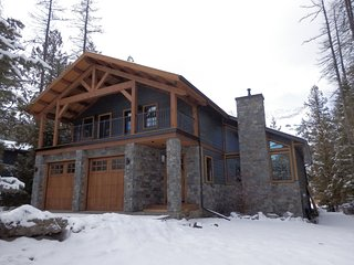 Snow Lake House, Fernie - great location, 5 bedroom large house on the ski hill! - Fernie vacation rentals