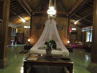 Rumah Tradisional Limasan Jawa - Bantul vacation rentals