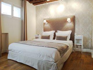 Romantic 1 bedroom Condo in 1st Arrondissement Louvre - 1st Arrondissement Louvre vacation rentals