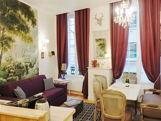 Bright Condo with Washing Machine and Television - 1st Arrondissement Louvre vacation rentals