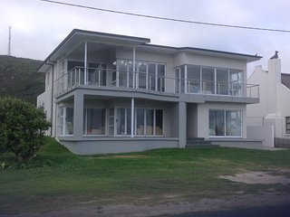 Cape Agulhas - Spacious House On Ocean With Beautiful Ocean Views - L'Agulhas vacation rentals