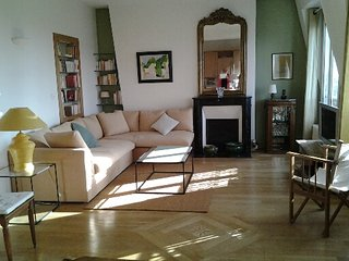 parisbeapartofit - Sacré-Coeur Rue Lepic (535) - Paris vacation rentals