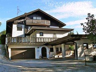 Große Familienwohnung mit 3 Schlafzimmern, Terrasse, Garten und Bergblick - Sonthofen vacation rentals