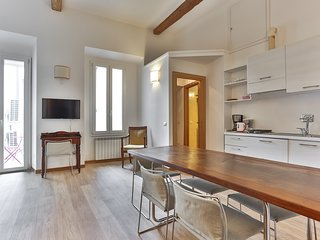 White Corso Balcony 3 bedrooms 3 bathrooms - Florence vacation rentals