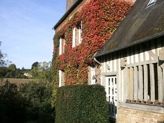 charming farmhouse in Normandy (Calvados), 5 bedrooms  up to 11 persons - Crouttes vacation rentals