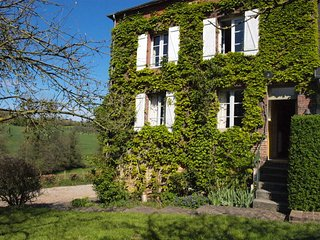 charming farmhouse in Normandy (calvados), 4 bedrooms up to 9 persons - Crouttes vacation rentals