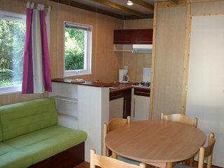 Location Vacances Chalets avec base de Loisirs dans la Vienne - Moncontour vacation rentals