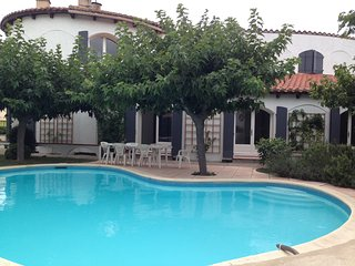 Holiday Home with 5 bedrooms, pool and garden to let in quiet village. - Maureillas-las-Illas vacation rentals