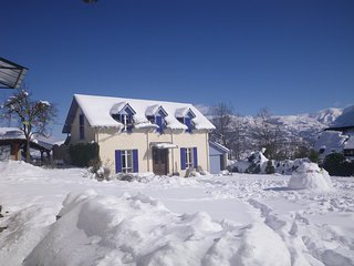 Charming House with Internet Access and Wireless Internet - Arras-en-Lavedan vacation rentals