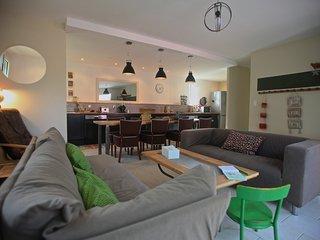 3 bedroom Bed and Breakfast with Internet Access in Jonquieres - Jonquieres vacation rentals