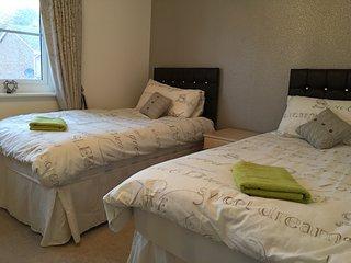 Lovely 3-bedroom house near Hampden - Glasgow vacation rentals