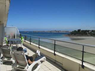Bel appartement de 39 m2, vue mer avec terrasse de 20 m2 - 901 - Dinard vacation rentals