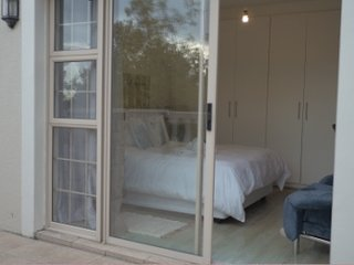 Nice 3 bedroom Century City Apartment with Washing Machine - Century City vacation rentals
