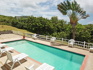 Gorgeous 3 bedroom Newcastle Villa with Internet Access - Newcastle vacation rentals