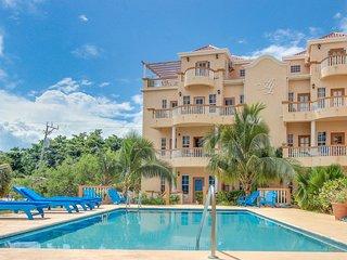 Ambergris Lake Villas: Tarpon Retreat (Villa B5) - San Pedro vacation rentals