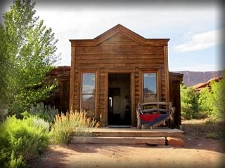 Western cabin on Horse Ranch next to the Colorado River! - Arches National Park vacation rentals