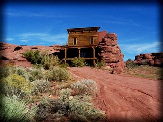Magnificent Built-in-the-Rock cabin next to the Colorado River! - Arches National Park vacation rentals