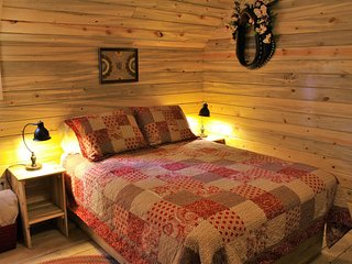 Guest Cabin Room in The Western Horse Barn w/detached Bathroom - Monticello vacation rentals