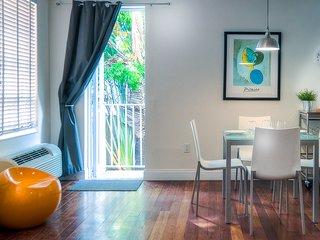 Raleigh, Pool + Private garden - Miami Beach vacation rentals