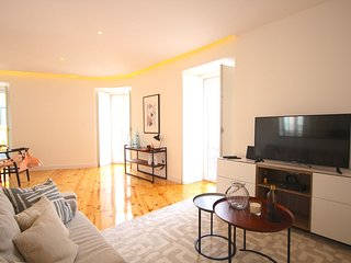 Nutmeg White Apartment, Alameda, Lisbon - Lisbon vacation rentals