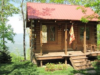 Log Cabin with a Million Dollar View. Hot Tub! Close to downtown and attractions - Chattanooga vacation rentals