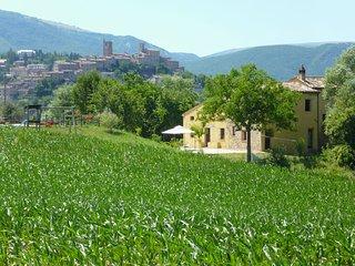 Villa San Raffaello - Apartment Grazia - Sarnano vacation rentals
