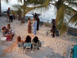 "Blue Lagoon ""A Pirates Paradise"" - Nassau vacation rentals"