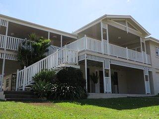 Island Adventure Holiday House - Picnic Bay vacation rentals