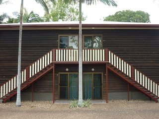Unit 2 - Picnic Apartments By The Sea - Picnic Bay vacation rentals