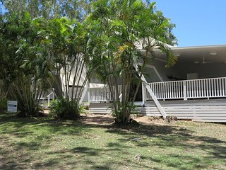 Bright Condo with A/C and Television - Picnic Bay vacation rentals