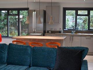 Beautiful 5 bedroom Trebetherick House with Internet Access - Trebetherick vacation rentals