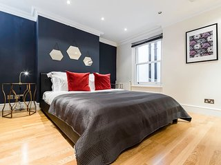 Lovely 2 bed 2 bath in Marble Arch - London vacation rentals