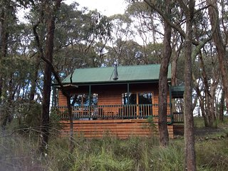 Romantic 1 bedroom Bed and Breakfast in Cockatoo - Cockatoo vacation rentals