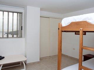 203 APARTAMENTO ESTÁNDAR SOL DEL CARIBE - Cartagena vacation rentals