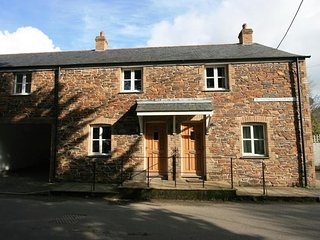 2 bedroom Cottage with Internet Access in Saint Mawgan - Saint Mawgan vacation rentals