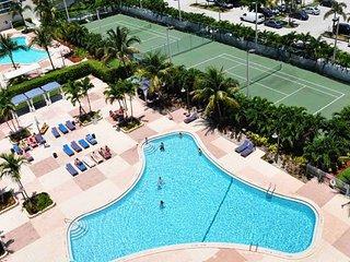 3BR  Oceanview Condo in Sunny Isles, Florida. Across the beach! - Sunny Isles Beach vacation rentals