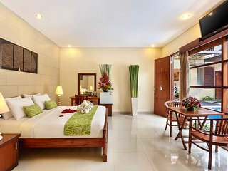 Homey Villa 5 Bedroom with Private Pool - Legian vacation rentals