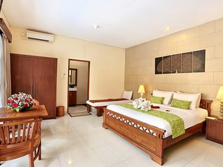 Faboulus Villa 5 Bedroom with Private Pool - Legian vacation rentals