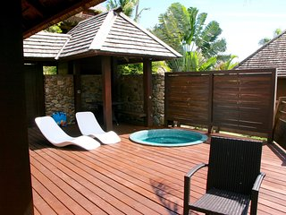 Superb villa above the lagoon of Moorea, Polynesia - Hauru vacation rentals