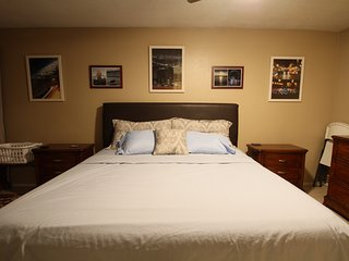 Private King Suite w Private Bath. - Spring vacation rentals