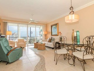Penthouse Condo, Stunning Views, Walking Distance to Beach Access, Available - Fort Myers Beach vacation rentals
