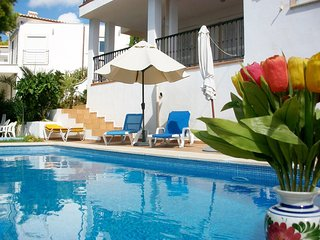 Wonderful Familiy Villa NATI with sea view - Peguera vacation rentals