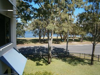 Comfortable Bribie Island vacation Condo with Balcony - Bribie Island vacation rentals