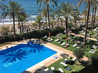 SKOL 737 - BEACHFRONT GREAT LOCATION, CENTRE, VIEWS, WIFI - Marbella vacation rentals