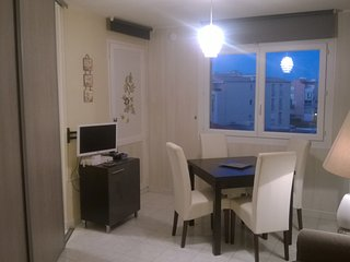 Stylish Grand studio 3 minutes from Mole Beach - Cap-d'Agde vacation rentals
