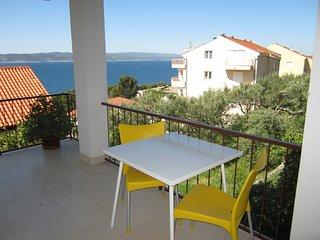 Bright 2 bedroom Condo in Brela - Brela vacation rentals