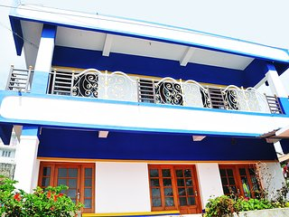 3 bedroom House with Parking in Kodaikanal - Kodaikanal vacation rentals