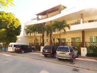 Las Olas 301 - Penthouse Mari - Playa del Carmen vacation rentals