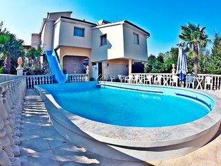 Beautiful 2 bedroom Condo in Medulin - Medulin vacation rentals