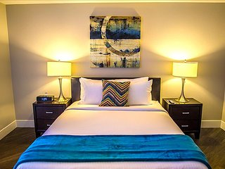 Aquamarine Deux Luxury Apartment- Santa Monica / UCLA / Brentwood - Santa Monica vacation rentals